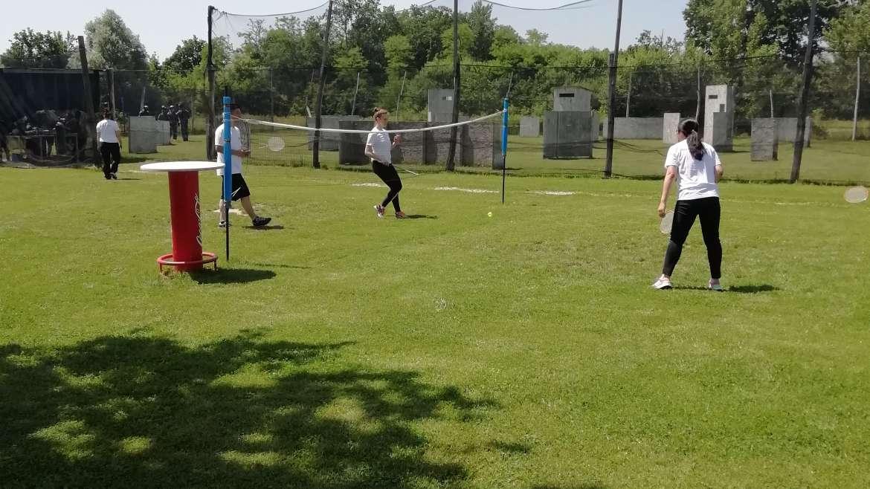Badminton i odbojka